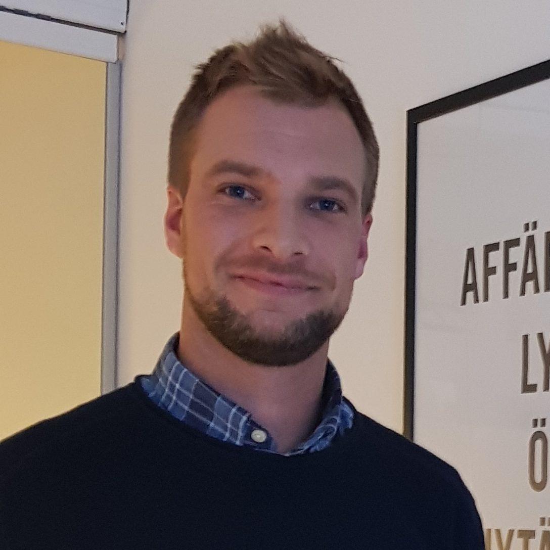 Mikael Olson